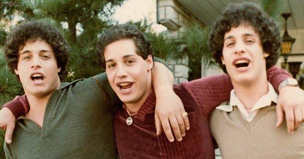 Filmový úterek: Bratři & Tři blízcí neznámí