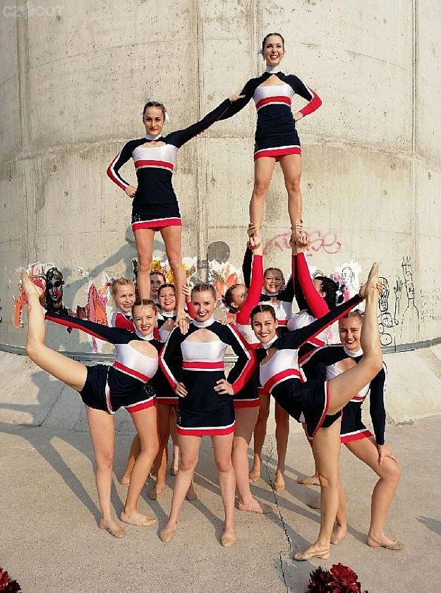 Cheer open