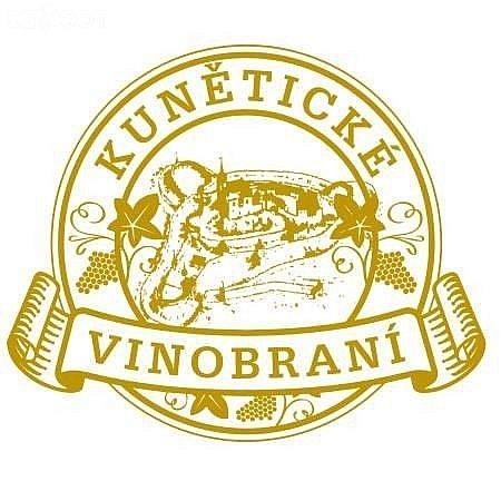 Vinobraní pod hradem Kunětická hora