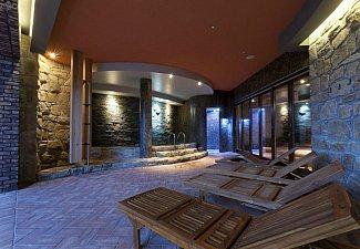 Hotel Golf Resort Kunětická Hora