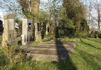 Holice - židovský hřbitov