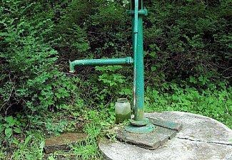Lepějovice - studna