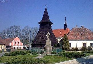 Dřevěná zvonice v Třebosicích
