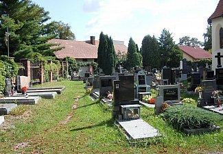 Pardubičky - hřbitov