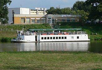 Arnošt - přístaviště Pardubice